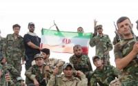 عکس/ اهتزار پرچم ایران توسط عراقیها